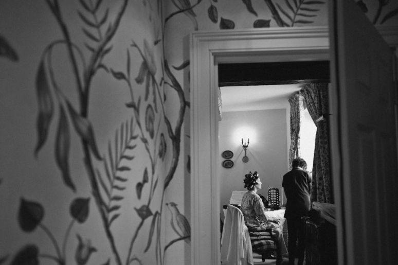kerry graeme london wedding photography islington town hall chiswell street dining rooms © www.laurababb.co.uk-10